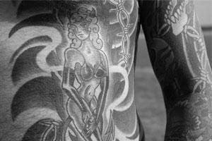 最近の刺青
