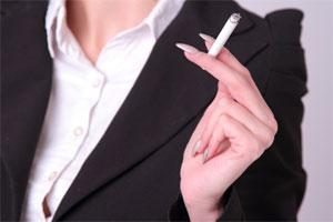 女性喫煙者